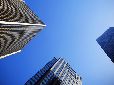 Världens största kapitalförvaltare visar hur en typisk pensionsstiftelse kan nå högre med hjälp av riskparitet